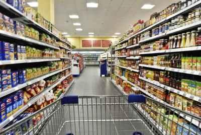 Угловое помещение сданное в аренду популярной сети Испанских супермаркетов